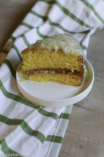 You are going to love the wonderful flavor of this easy to make cake. Who knew Mountain Dew could make a delicious cake?