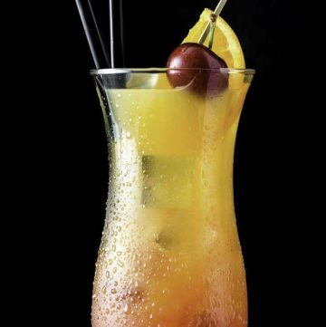 A Sex on the Beach cocktail