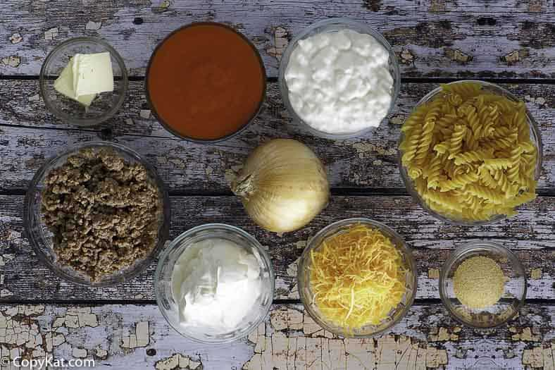 Ingredients for the sour cream noodle bake.