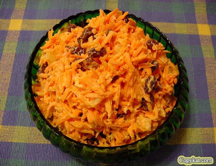 You can make Luby's Carrot Raisin Salad with our recipe.