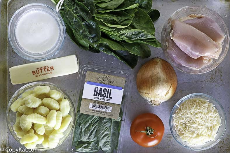 Ingredients you will need to make the Macaroni Grill Tosconi Soup.