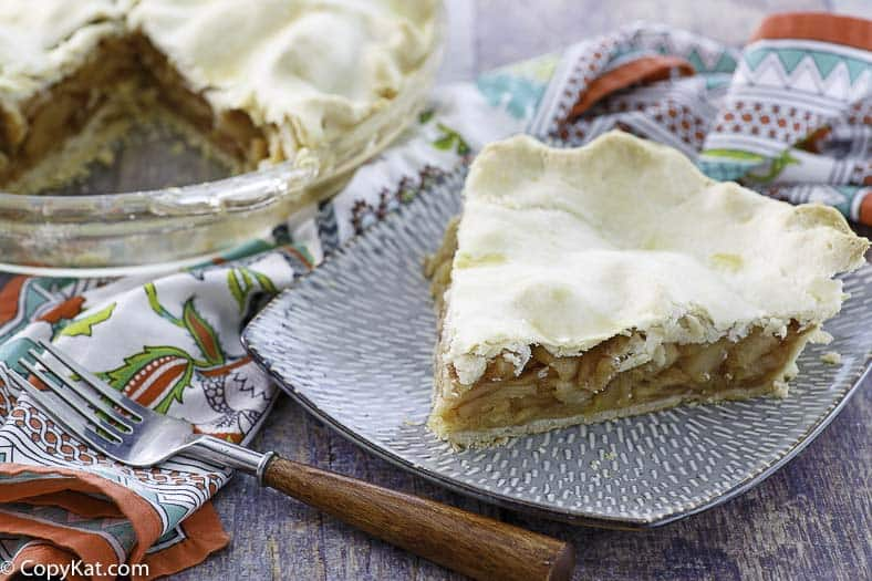 a slice of sugar free apple pie