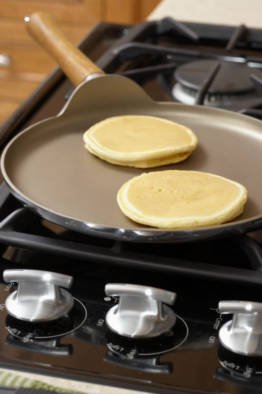 Alton Brown's Perfect Pancakes