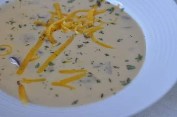 canadian beer cheese soup recipe