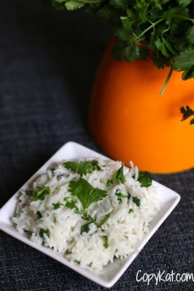 Create Chipotle's Cilantro Lime Rice in your own home with this delicious copycat recipe.  If you close your eyes you will think you're eating one of Chipotle's rice bowls.