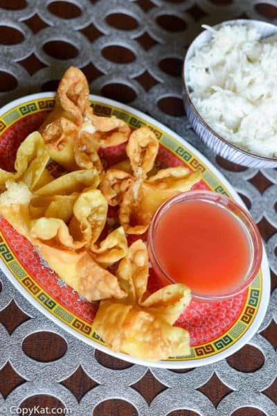 Learn how to make homemade Sweet and Sour sauce, this is easy, and contains no preservatives!