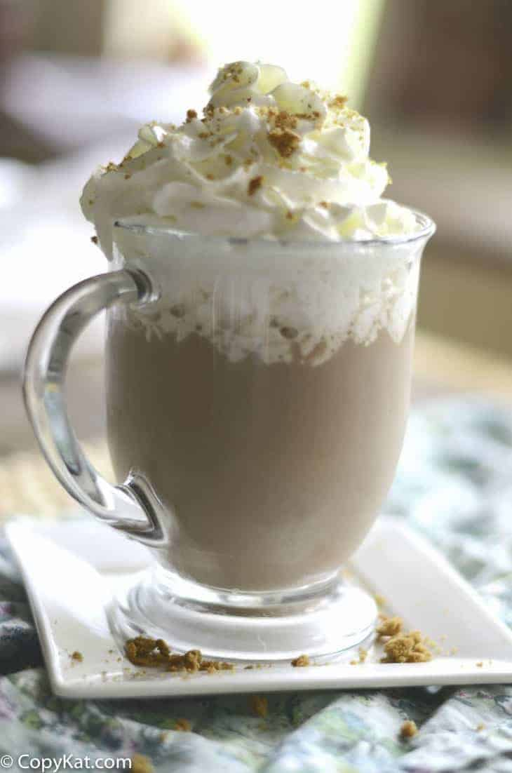 Make your own delicious Starbucks Snickerdoodle Hot Chocolate at home.