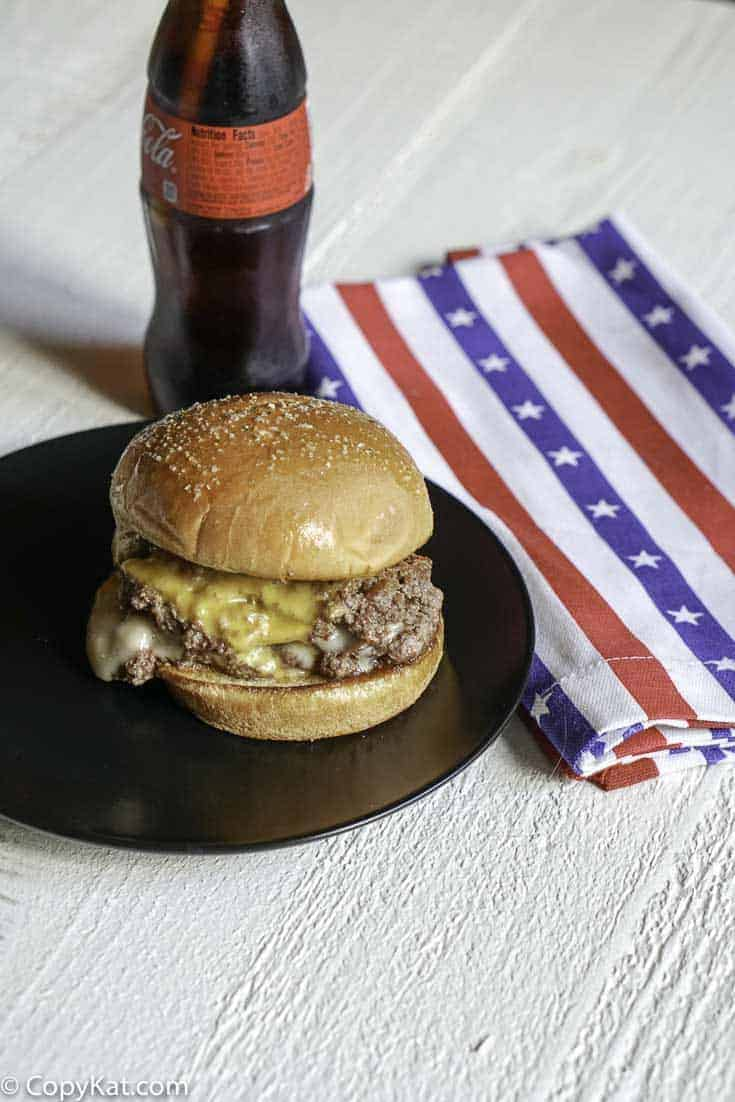 You can make your own copycat of the Steak and Shake Double Garlic Steakburger at home with this recipe.