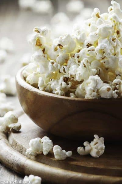 Make popcorn in your Instant Pot, it's so easy to do!