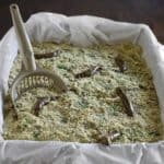 You can recreate a cake that looks just like a kitty litter box.