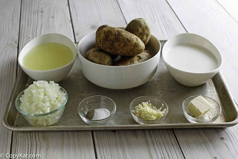 Ingredients for Bennigan's Ultimate Baked Potato Soup.