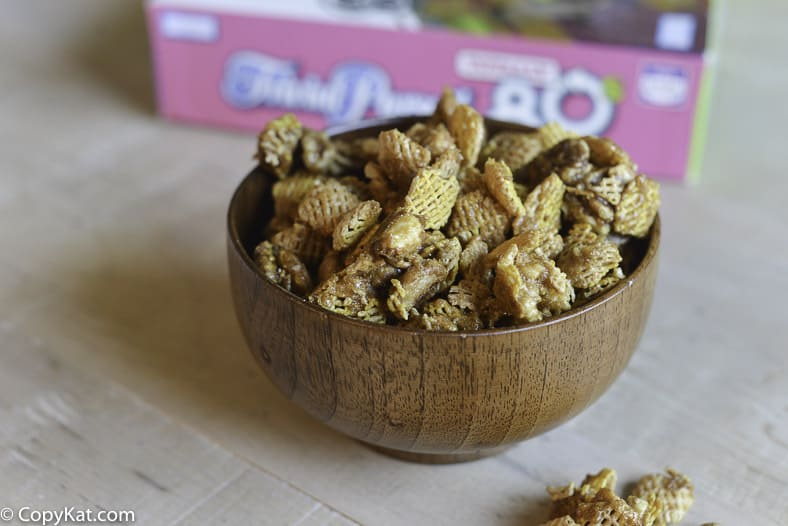 Make Crispix Snibbles at home with this easy recipe.