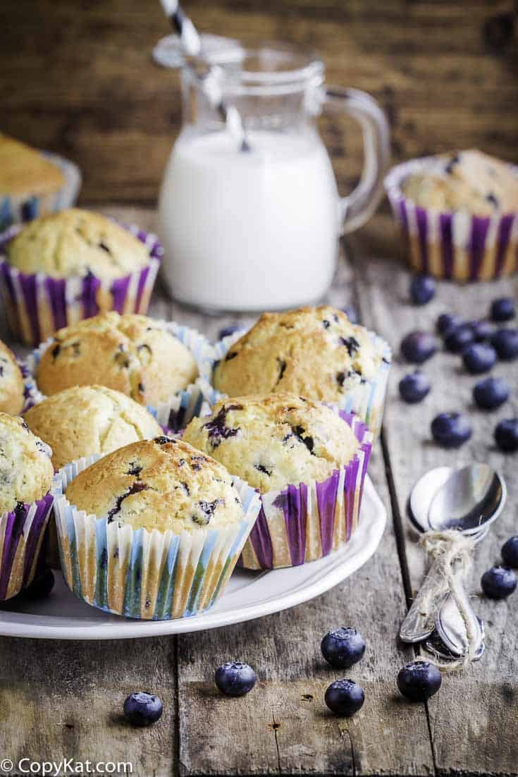 Otis Spunkmeyer Blueberry Muffins are some of the best blueberry muffins around. You can recreate these muffins at home!