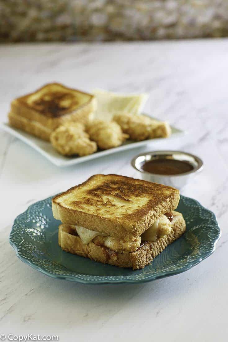 Copycat Whataburger Honey BBQ Chicken Strip Sandwich