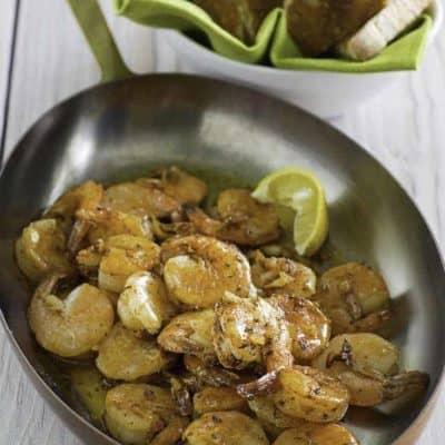 Love Bubba Gump Shrimp? You can recreate Bubba Gump Shrimp at home with this easy copycat recipe.
