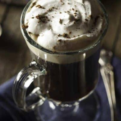 Make a homemade Irish Coffee with Whiskey and Whipped Cream. So easy, and oh so tasty. #irishcoffee #coffee