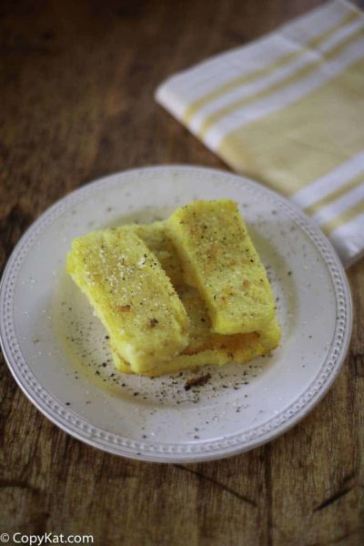 Fried Corn Meal Mush is an easy recipe to make. This vintage corn meal recipe was often served for breakfast.