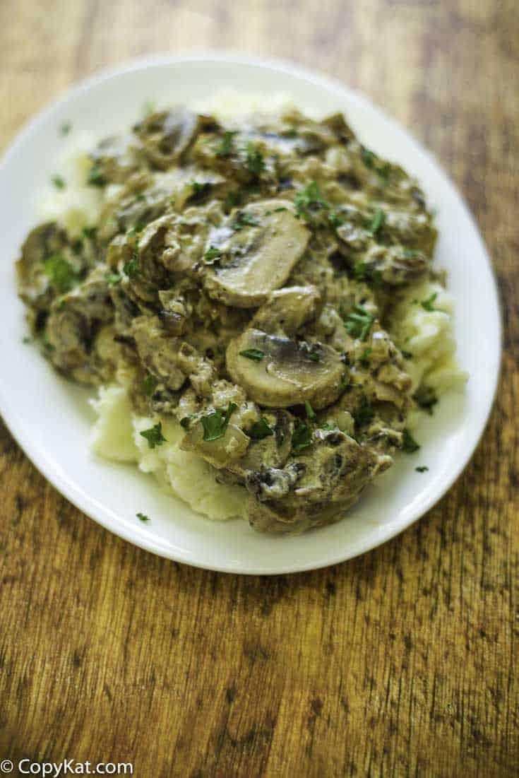 Enjoy Natasha's Cafe Mushroom Stew, it's a wonderful sauteed mushrooms served over mashed potatoes.