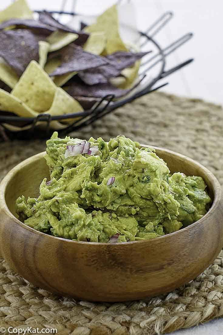 A bowl of homemade guacamole that tastes like chipotles