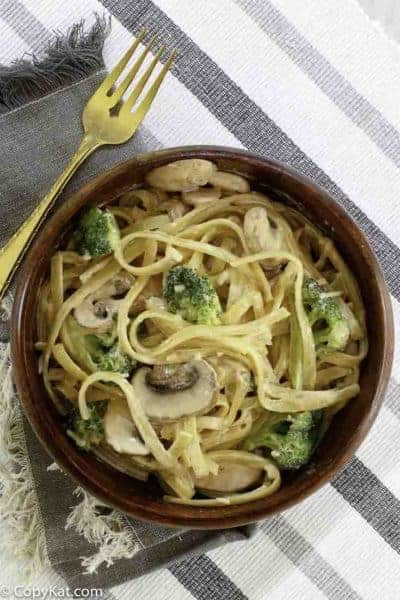 a bowl of broccoli pasta