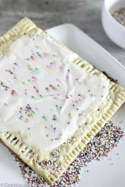 homemade strawberry pop tart