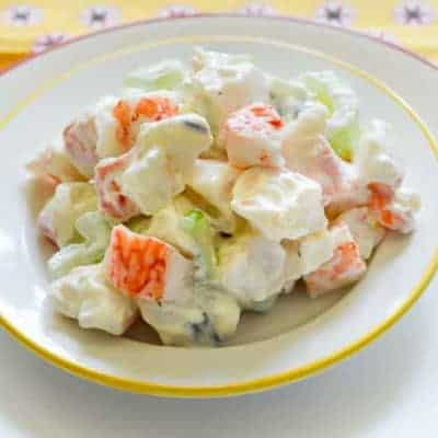krab crab salad in a bowl