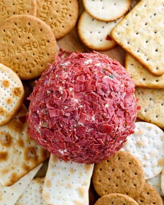 Dried beef cheeseball and assorted crackers