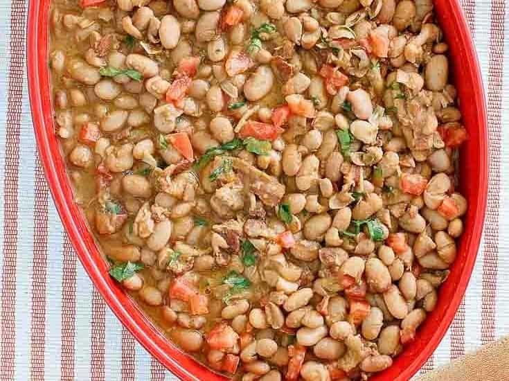 Homemade charro beans (Pappasitos Frijoles a la Charro)