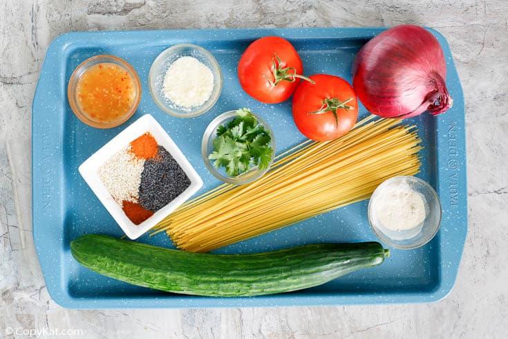 Ingredientes de ensalada de espagueti de Luby