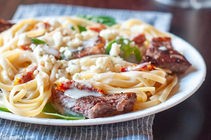 Steak Gorgonzola Fettuccine Alfredo on a plate