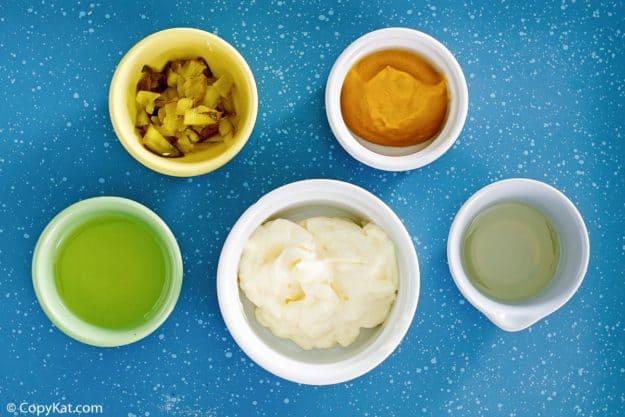 Smashburger Smash Sauce ingredients in bowls