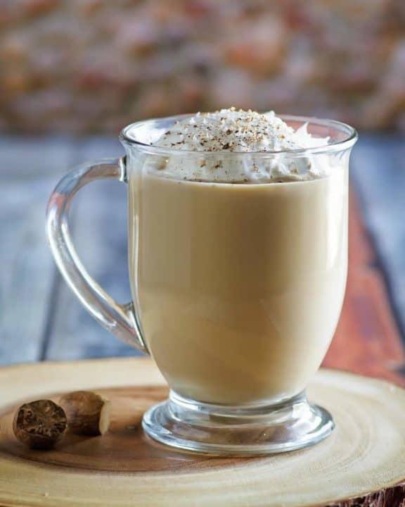 homemade Starbucks eggnog latte in a glass mug