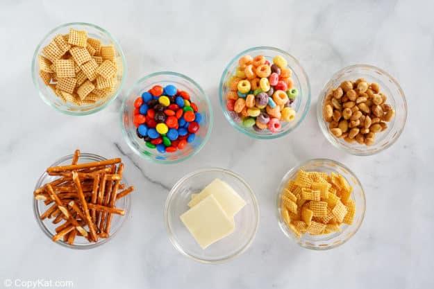 white trash recipe ingredients in bowls