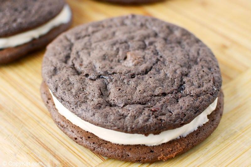 closeup of a chocolate sandwich cookie