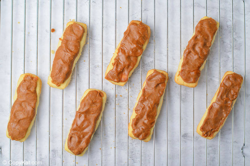 caramel filling on baked cookies for homemade Twix bars