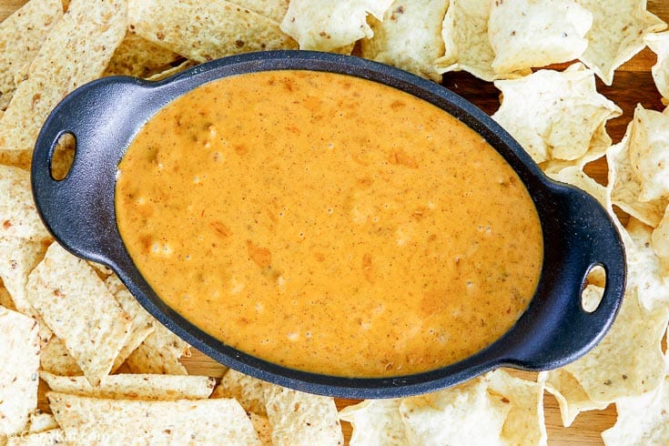 overhead view of homemade Chili's skillet queso and tortilla chips