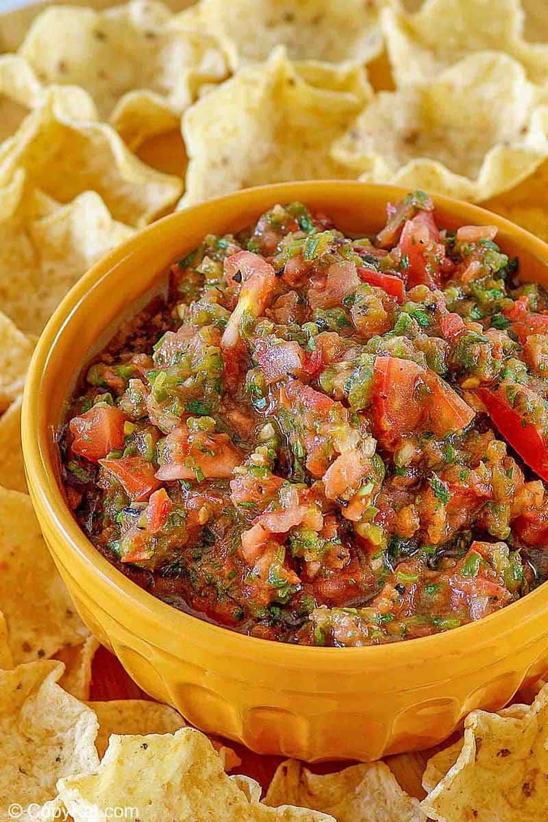 a bowl of homemade Pappasito's salsa and tortilla chips