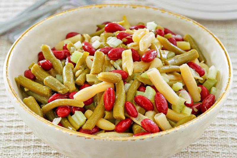 a bowl of three bean salad