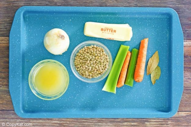 lentils recipe ingredients on a tray