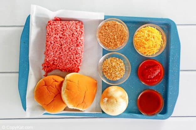Taco Bell Bell Beefer sandwich ingredients on a tray