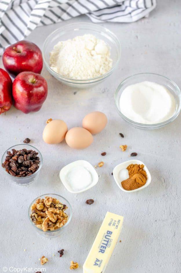 apple spice cake ingredients.