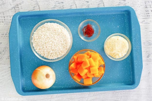 butternut squash risotto ingredients on a tray.