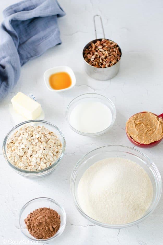 no bake chocolate oatmeal cookies ingredients.
